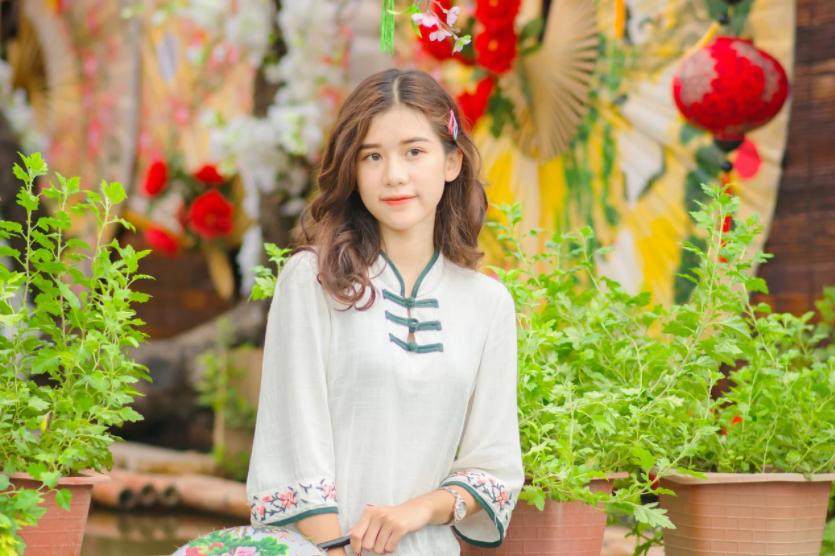 Mid Autumn Festival Girl Wallpaper